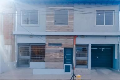 ALQUILER. Local Comercial. Martín de Loyola (Este) Nº 645 2